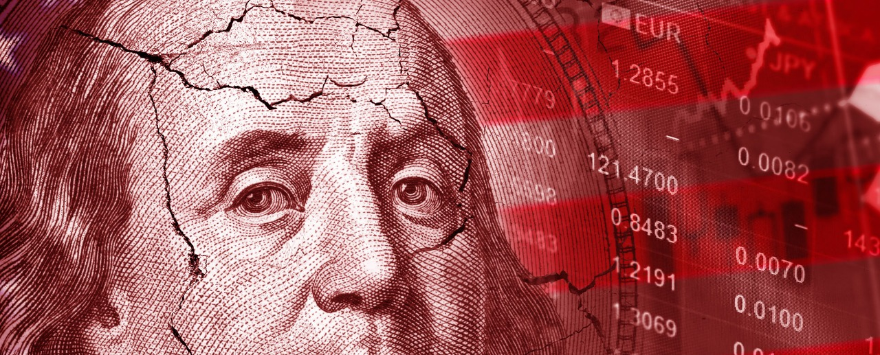 Dollar Plunges on Soft US Manufacturing Data