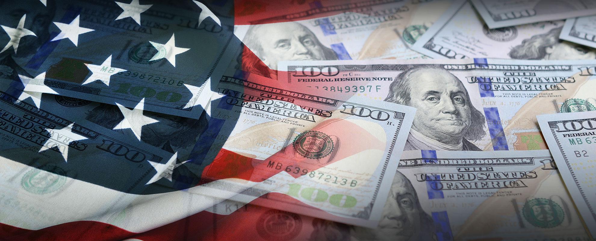 الدولار يرتفع قبيل صدور العديد من البيانات الاقتصادية
